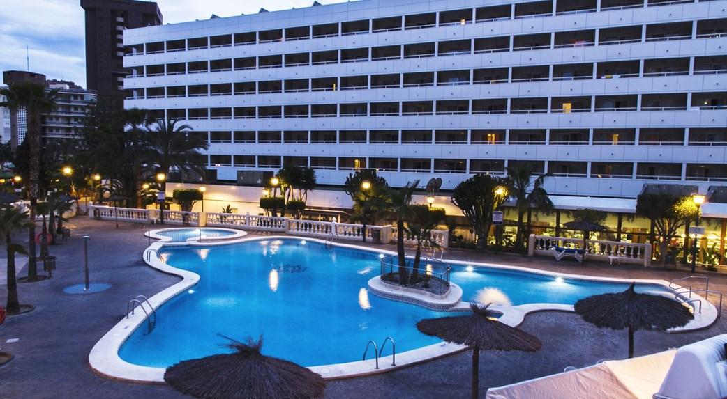 Oferta nochevieja en hotel poseid n playa 3 ofertas fin for Oferta hotel familiar benidorm
