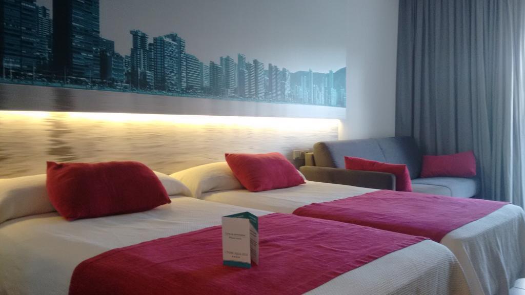 Oferta Nochevieja en Hotel Agua Azul 4* (Benidorm)