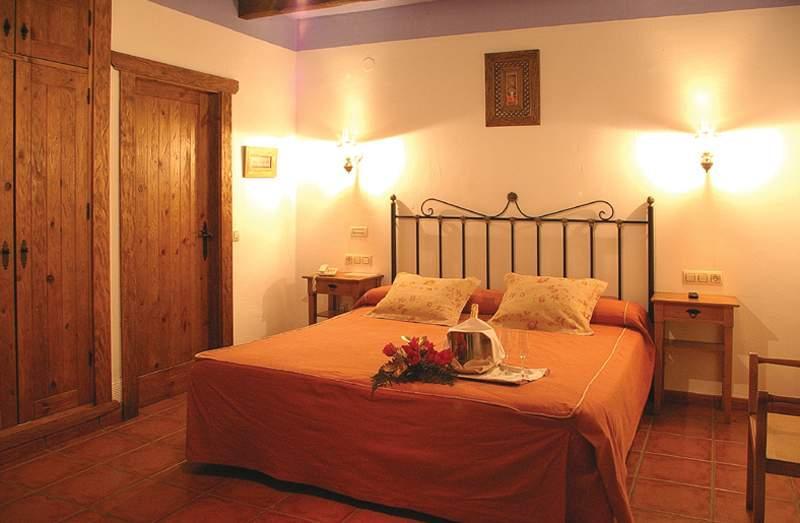 Oferta nochevieja en hotel rural almazara 3 frigiliana costa del sol - Casa para fin de ano malaga ...