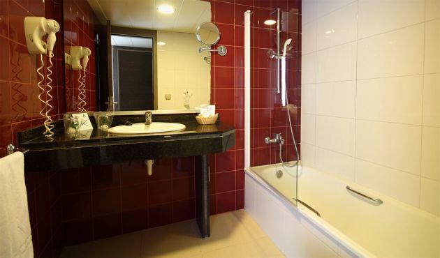Oferta Fin de Año Hotel Aqua Montagut Suites Santa Susanna
