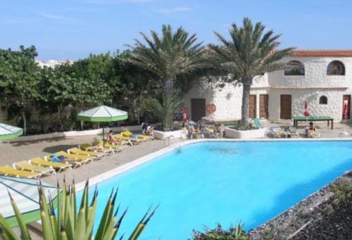 Oferta nochevieja en hotel playa sur tenerife 3 el m dano for Apartamentos en el sur de tenerife ofertas