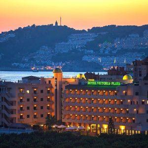 Oferta Nochevieja en Hotel Victoria Playa 4*