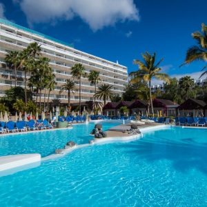 Oferta Nochevieja en Hotel Costa Canaria 4*