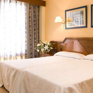 Oferta Nochevieja en Hotel Monarque Fuengirola Park 4*